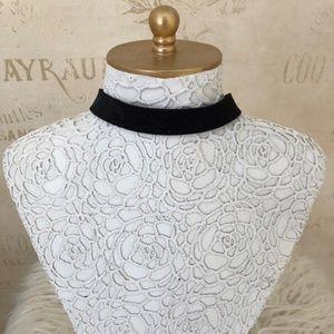 Simple Black Velvet Choker Necklace